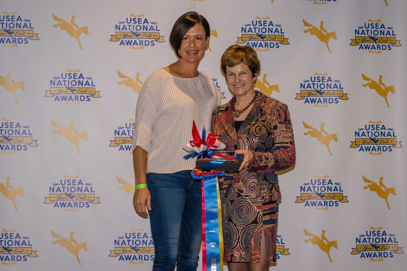 Tamra Smith accepts the Preliminary Horse of the Year award for Staccato.