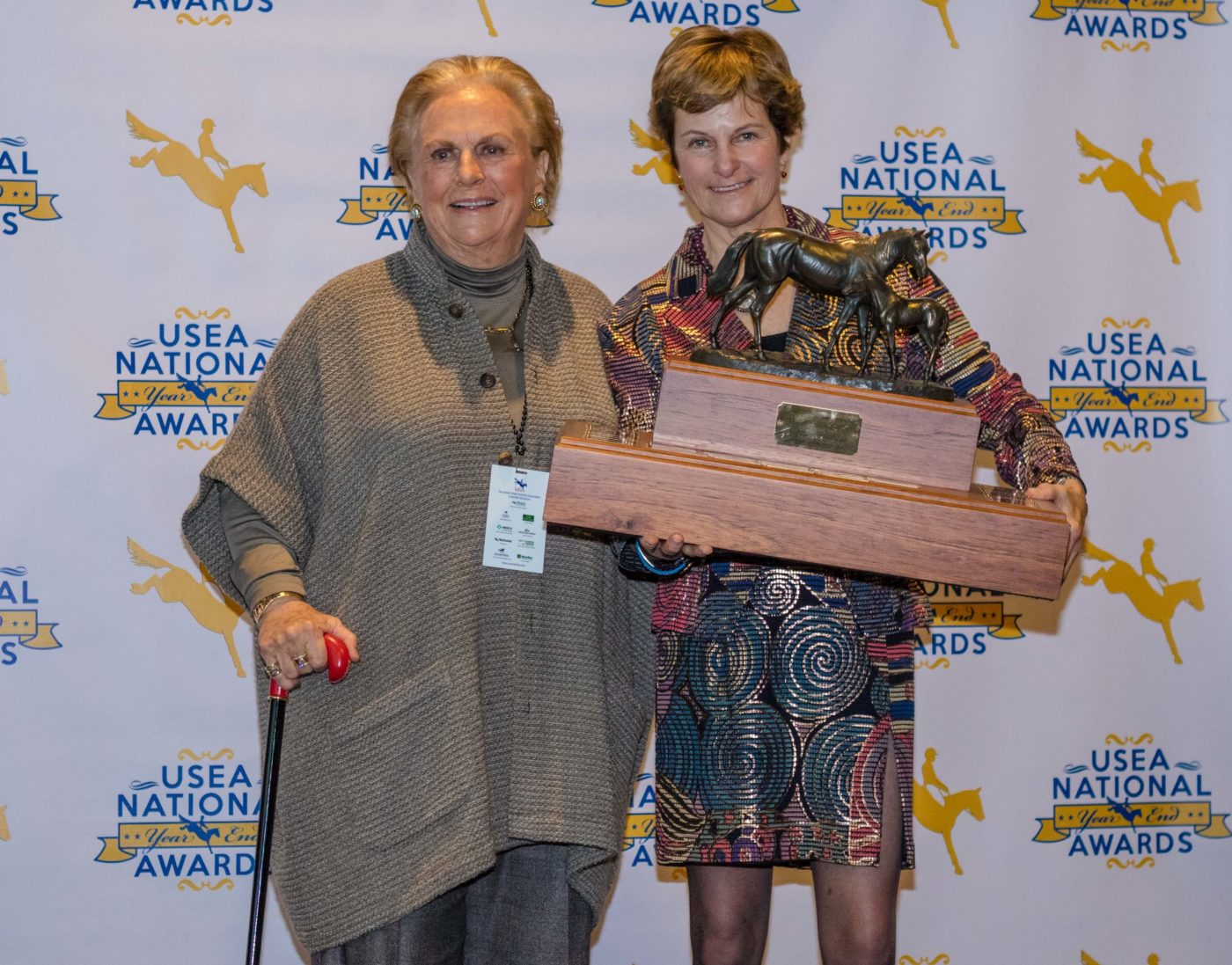 Jacquline Mars accepts RF Scandalous' Devoucoux USEA Mare of the Year Trophy.