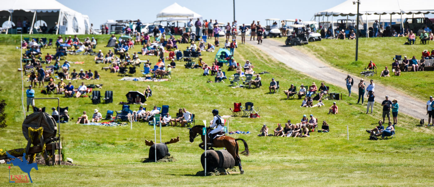 Spectator hill was the place to be on cross-country day. USEA/Leslie Mintz Photo.