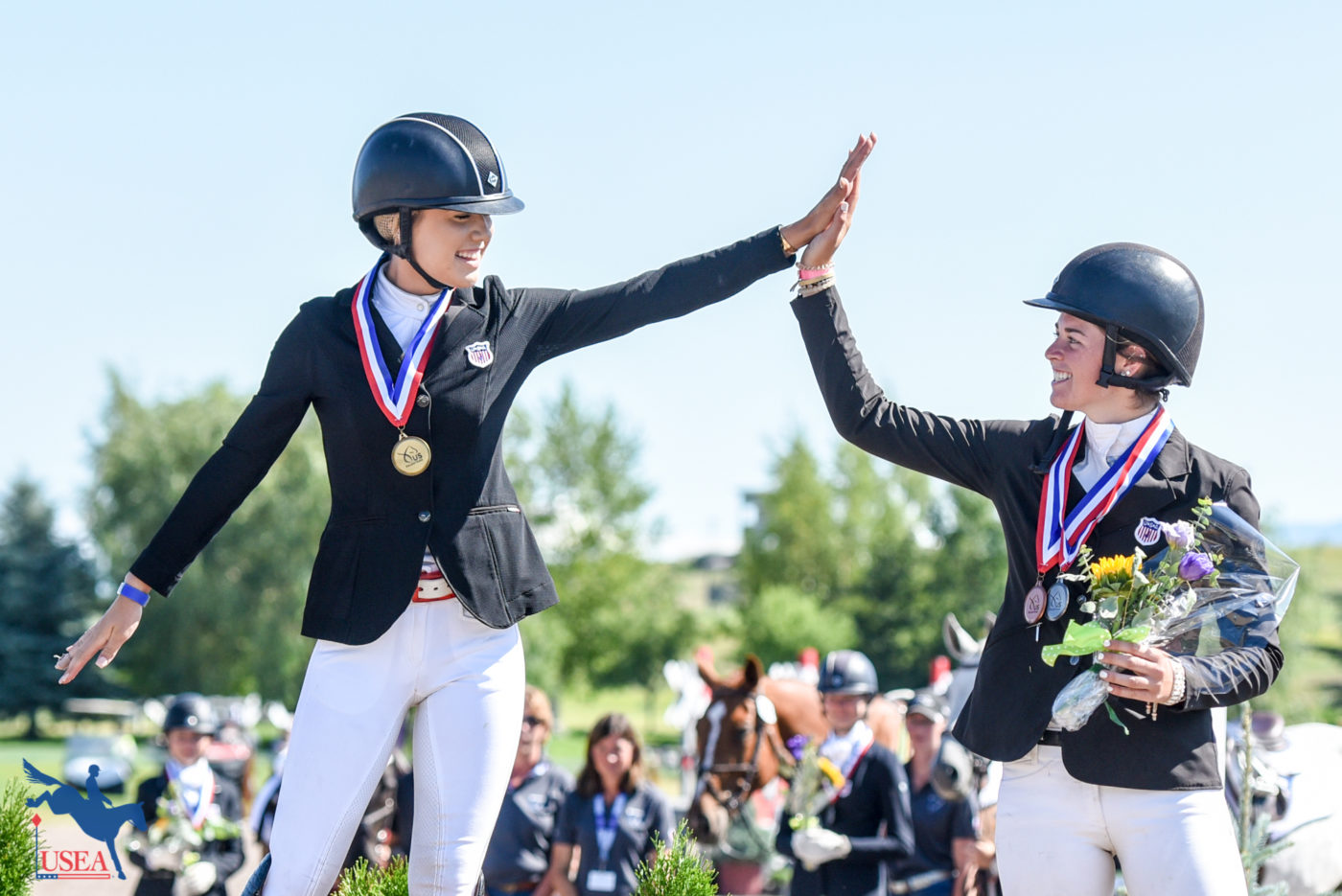 Eventers are the best competitors – always the first to congratulate each other on a job well done. USEA/Leslie Mintz Photo.