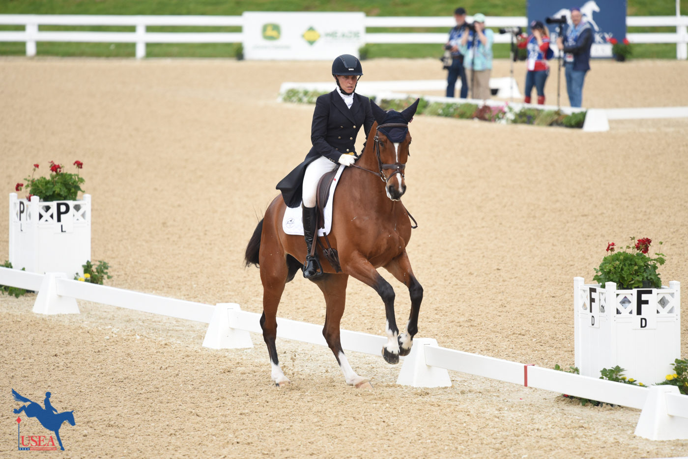 2nd - Elisabeth Halliday-Sharp and Deniro Z - 30.9