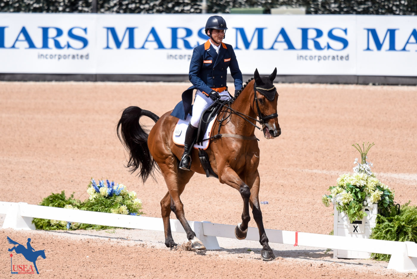 78th - Theo Van De Vendel and Zindane (NED)