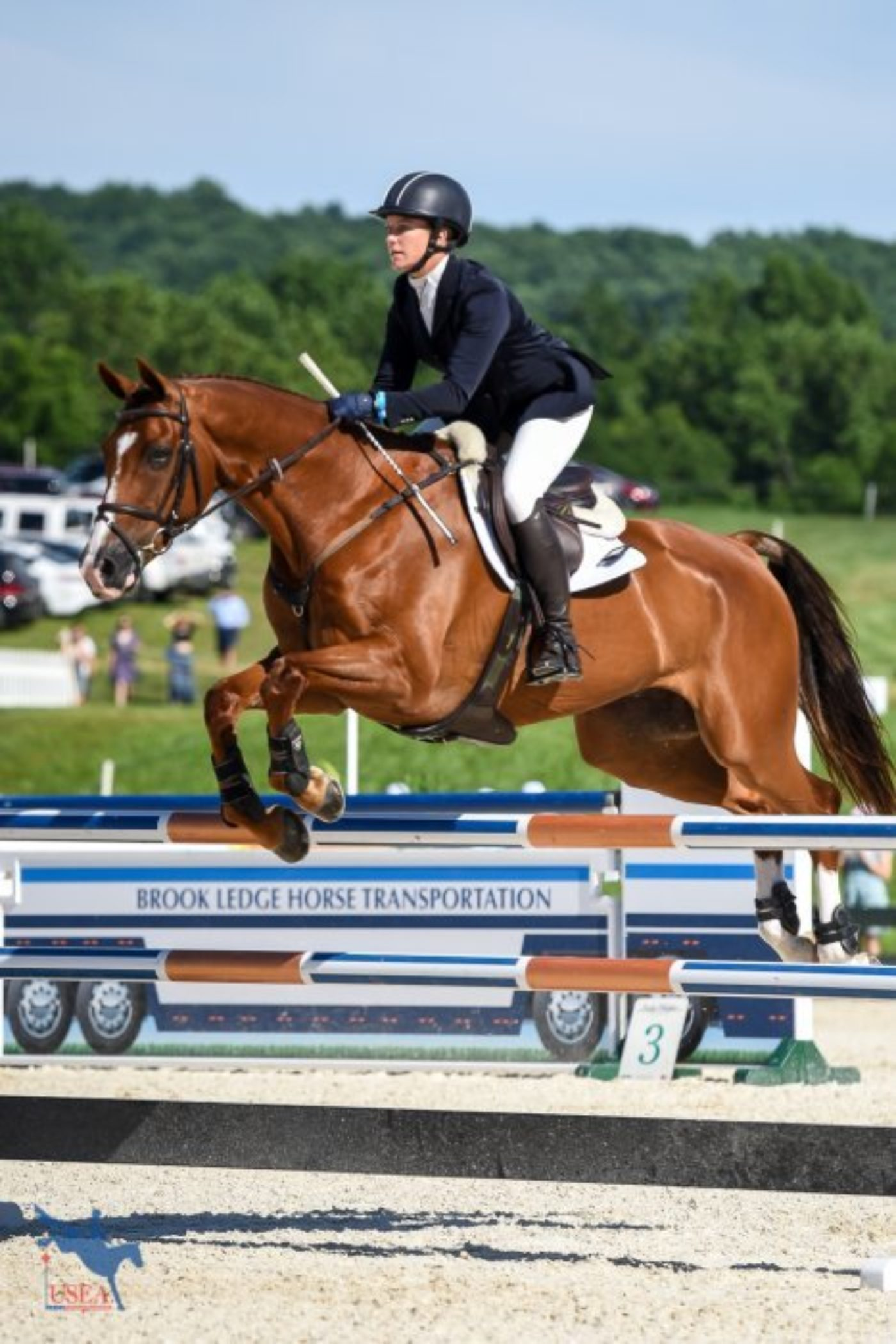 22nd - Alexandra Knowles and Business Class - 38.4