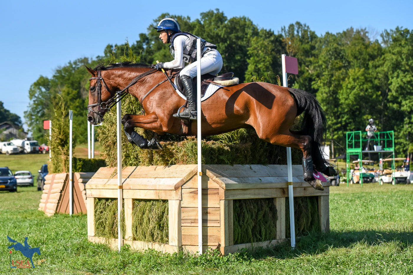 Mia Farley and Fernhill Fine Diamond