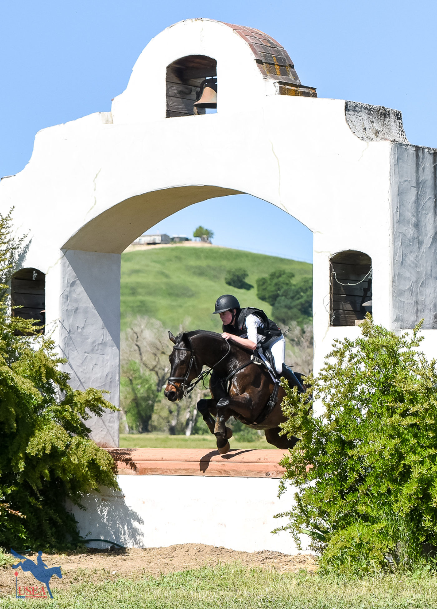 The final jump on course pays tribute to California's historic missions. USEA/Jessica Duffy Photo.