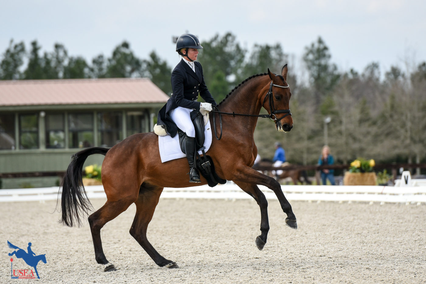 20thT - Alexandra Knowles and Ms. Poppins - 35.7