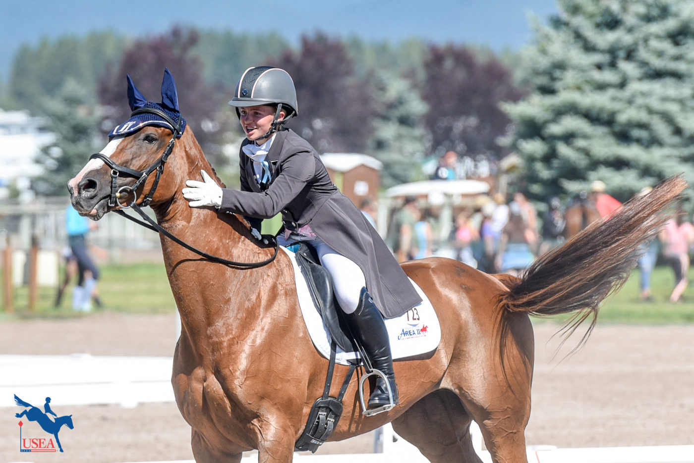 Fernhill Fierce added her own salute to conclude her dressage test. USEA/Leslie Mintz Photo.