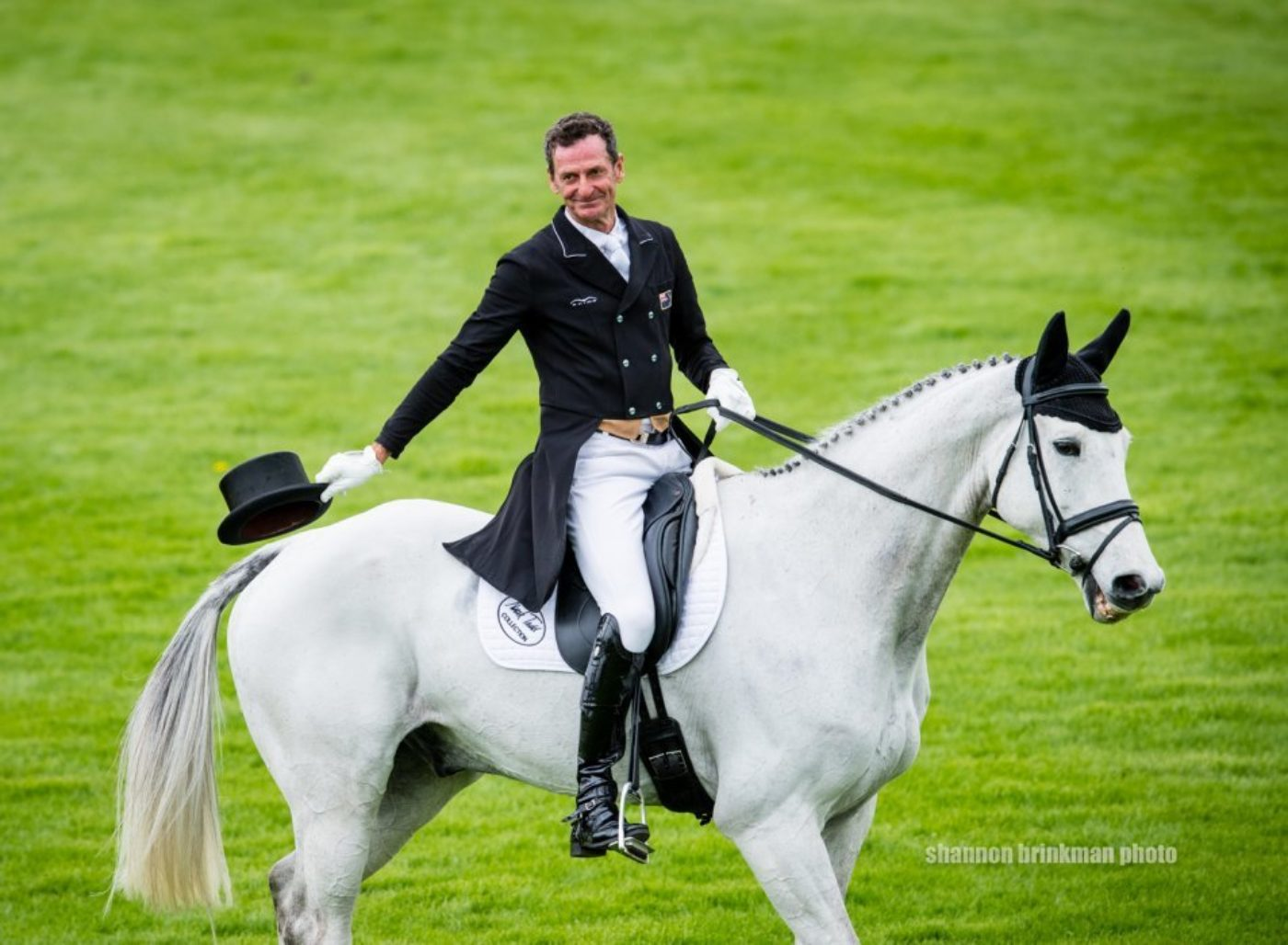 Mark Todd and Kiltubrid Rhapsody move into second with a 23.4.